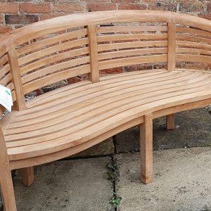 Oxford wave peanut bench in teak